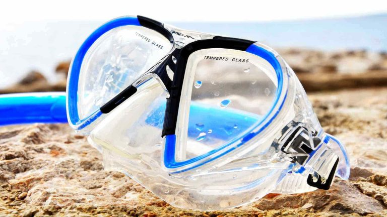 Buying a scuba mask & snorkel for beginners 2021